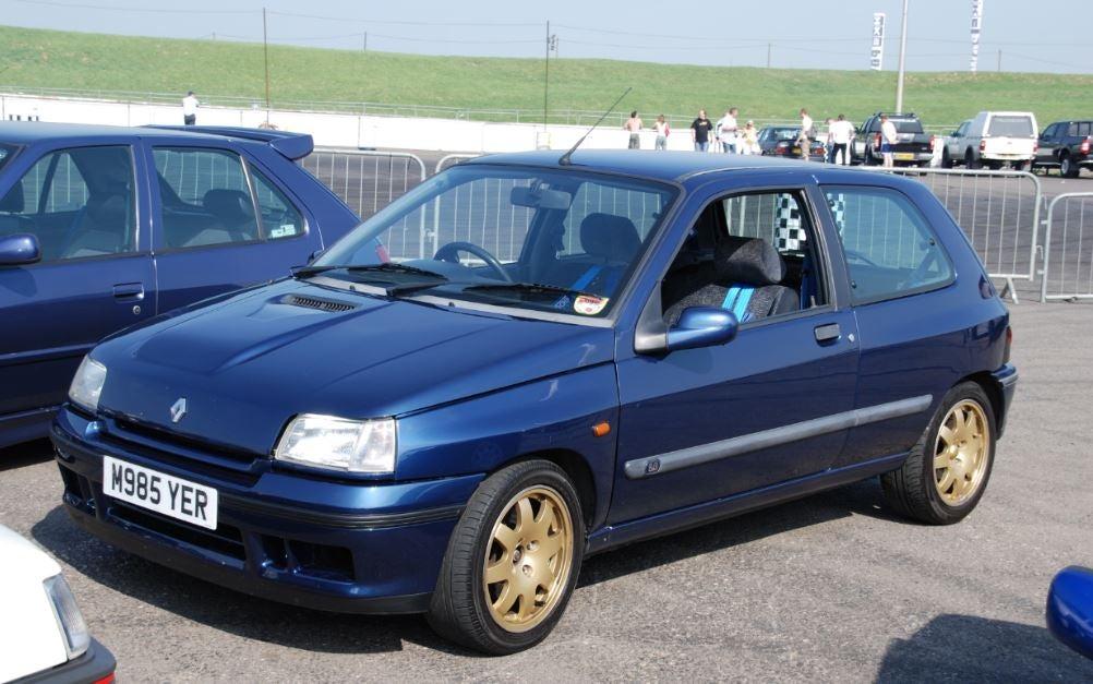 """alt=""""Primer Renault Clio"""""""