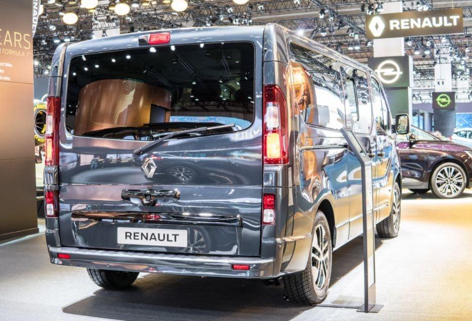 "alt=""Parte trasera del Renault trafic 2017"""