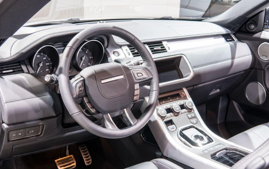 "alt=Range Rover Evoque interior"""