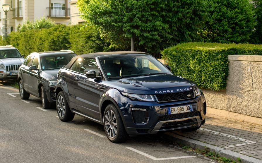 "alt=""Frontal del nuevo Range Rover Evoque"""