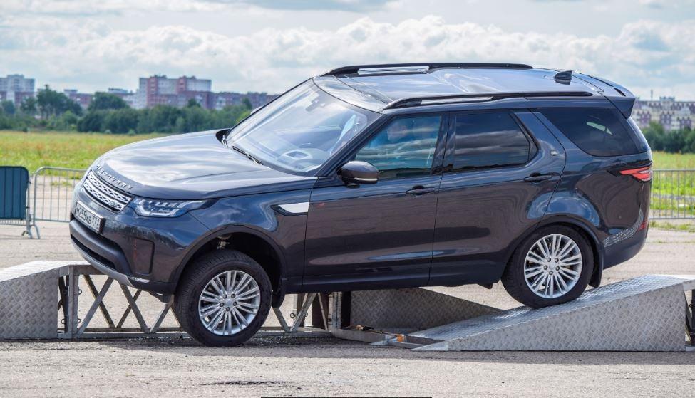 """alt=""""Nuevo Land Rover Defender"""""""