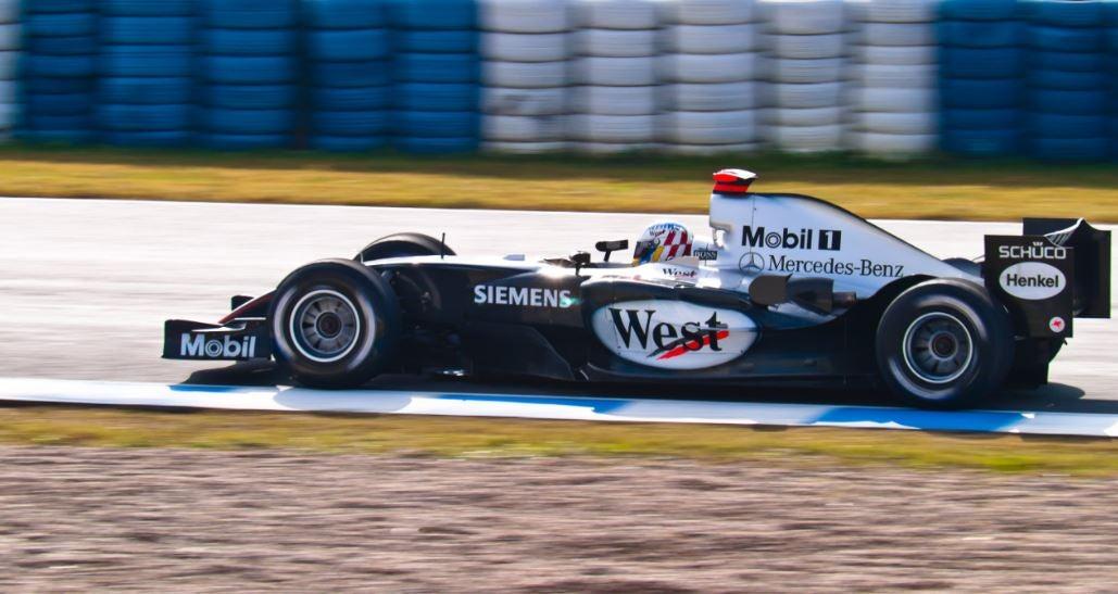 Escudería Mercedes F1 Alex Wurz 2004