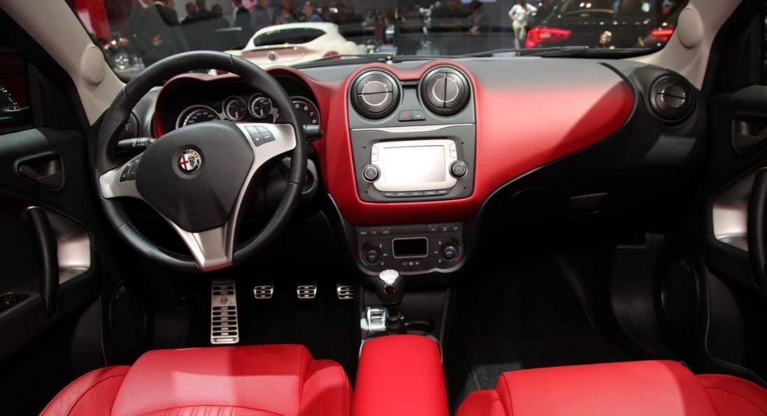"alt=""Alfa Romeo Mito interior"""