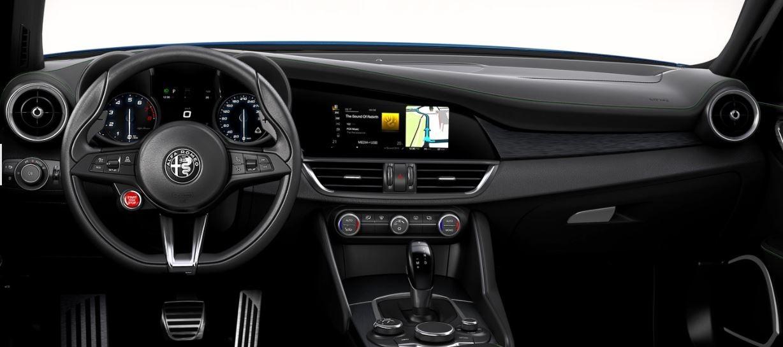 Interior de Alfa Romeo Giulia.