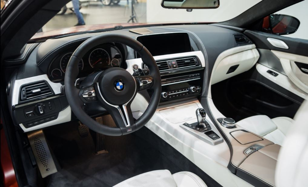 BMW M6: interior