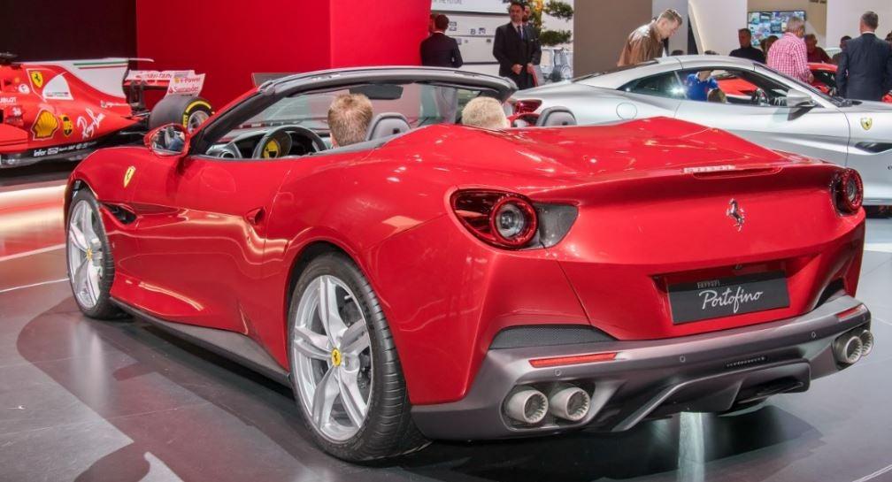 imagen trasera del Ferrari Portofino