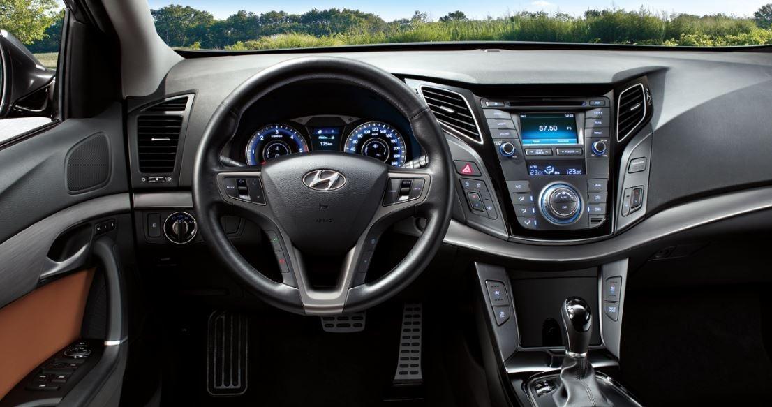 nuevo hyundai i40 interior berlina coreana calidad precio