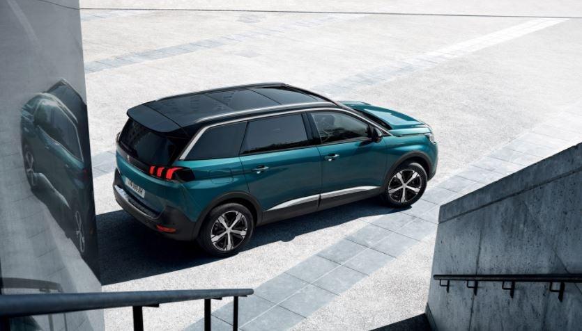 Imagen exterior del Peugeot 5008.