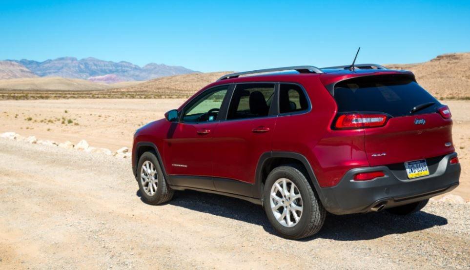 Jeep Cherokee: trasera