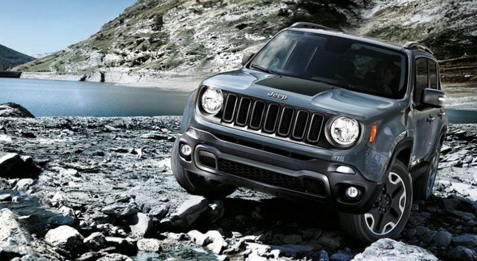 Imagen frontal del Jeep Renegade faros