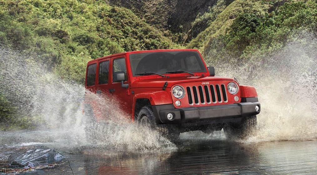 Jeep Wrangler rojo todoterreno