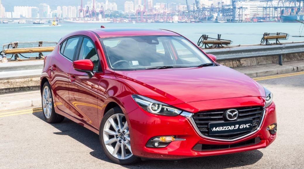 Imagen frontal del nuevo Mazda 3