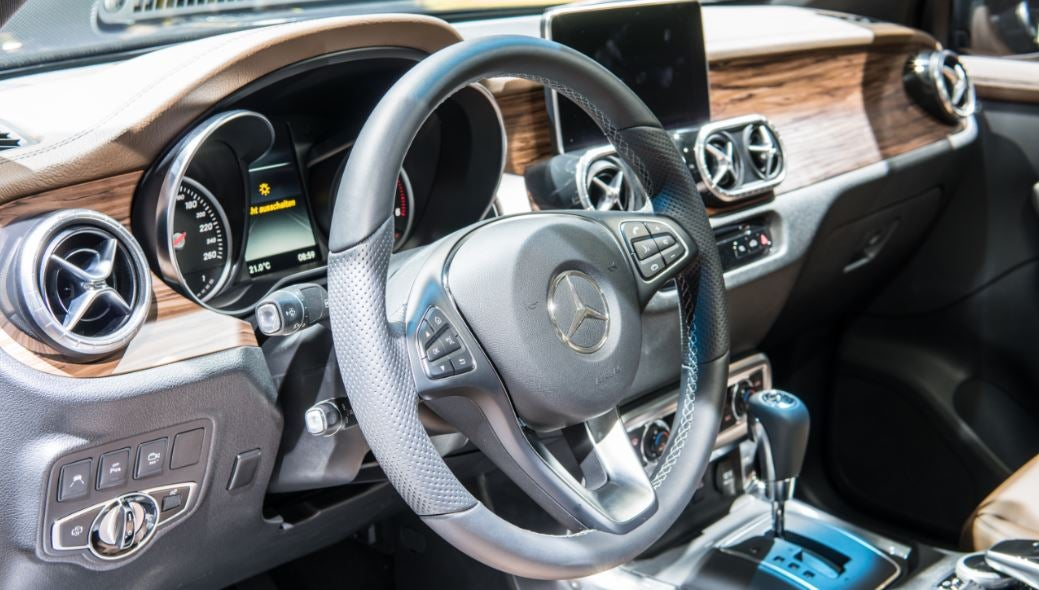 mercedes clase x interior exclusivo