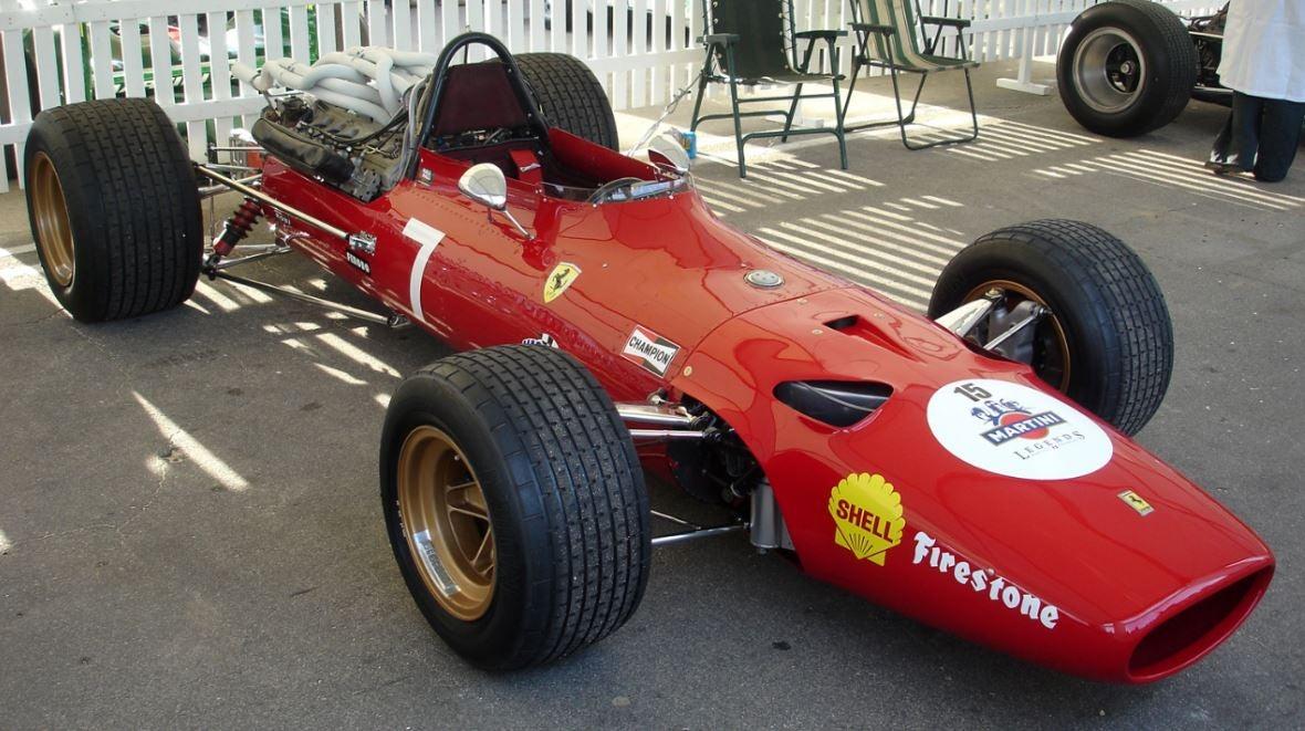 Scuderia Ferrari Cavallino Rampante rojo