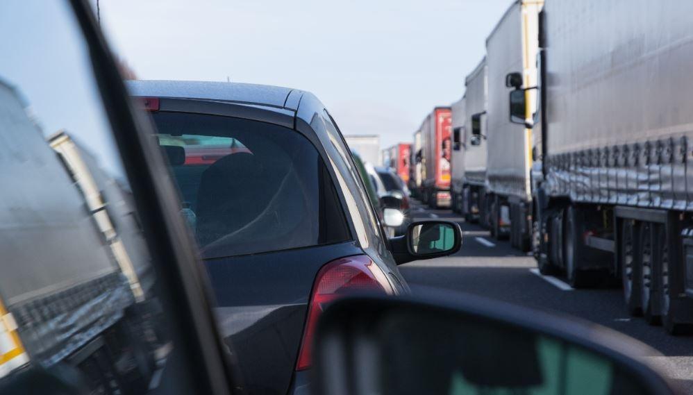 Ángulo muerto retrovisor tráfico seguridad accidentes