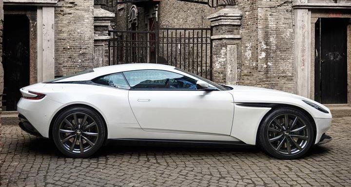 Aston Martin DB11 nuevo lujo 2018 diseño deportivo