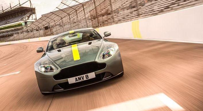 Aston Martin Vantage AMR, del circuito a tu garaje
