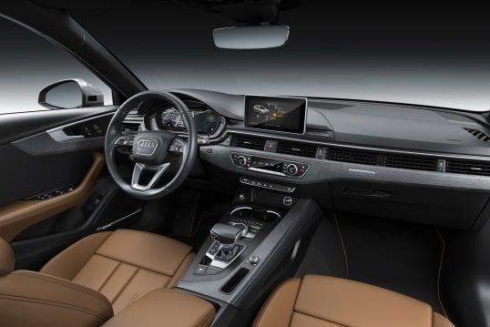 Audi A4: interior
