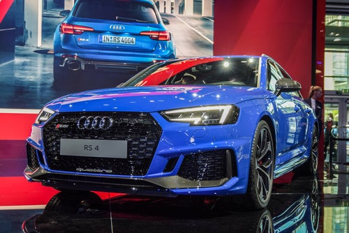 Audi RS4 Avant: frontal