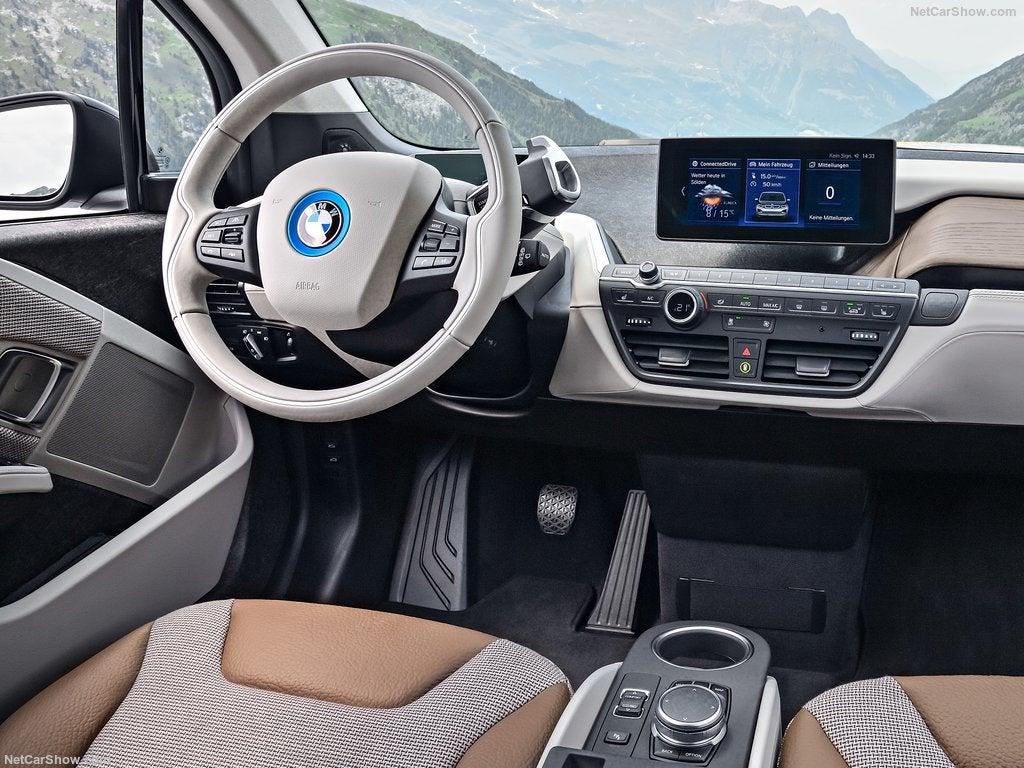 BMW i3: interior