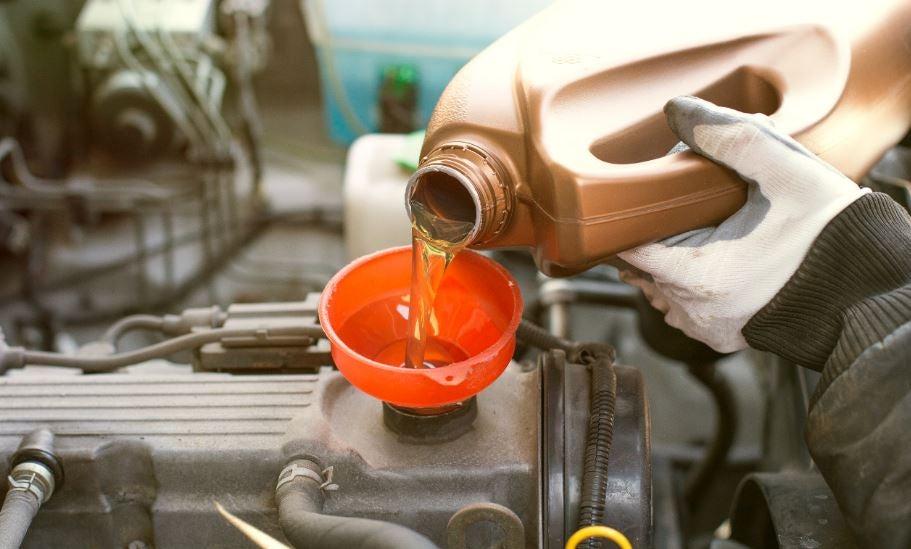 cambiar el aceite a tu coche es fácil, motor cuidados