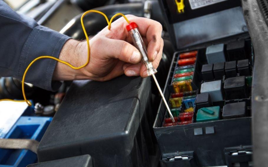 Circuito eléctrico del coche, ¿cómo funciona?