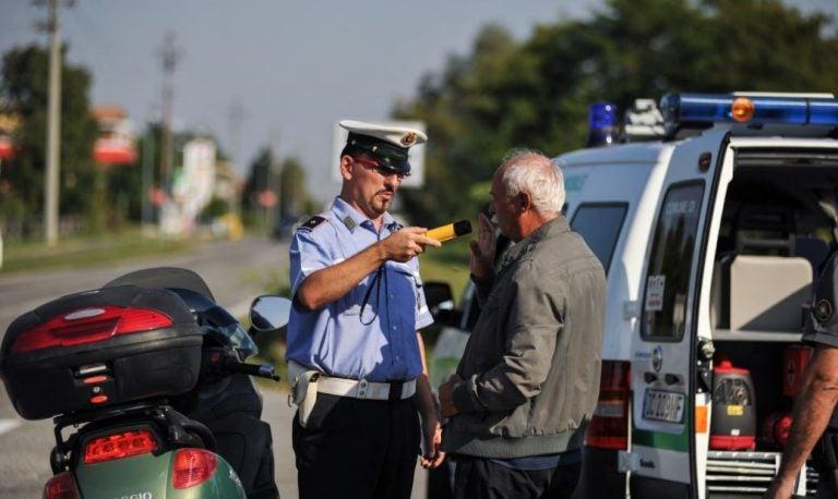 ¿Test de alcoholemia para los copilotos?