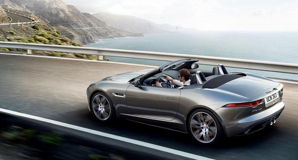 Versión convertible Jaguar F-Type 2018 lujo deportivo