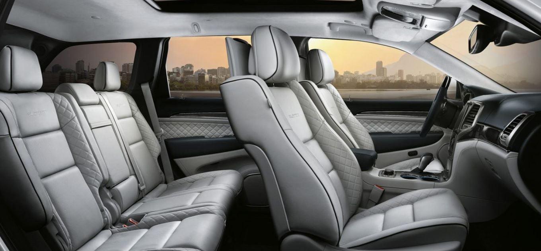 Interior espacio Jeep Grand Cherokee 2017 nuevo
