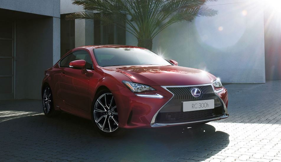 Lexus RC: deportividad y eficiencia híbrida