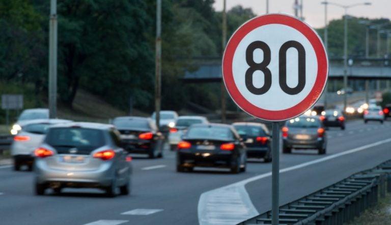 Límites de velocidad según la vía