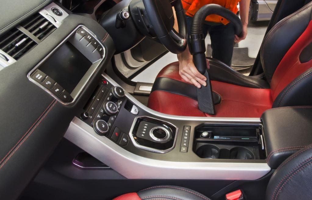 mejores productos de limpieza para el interior del vehículo.