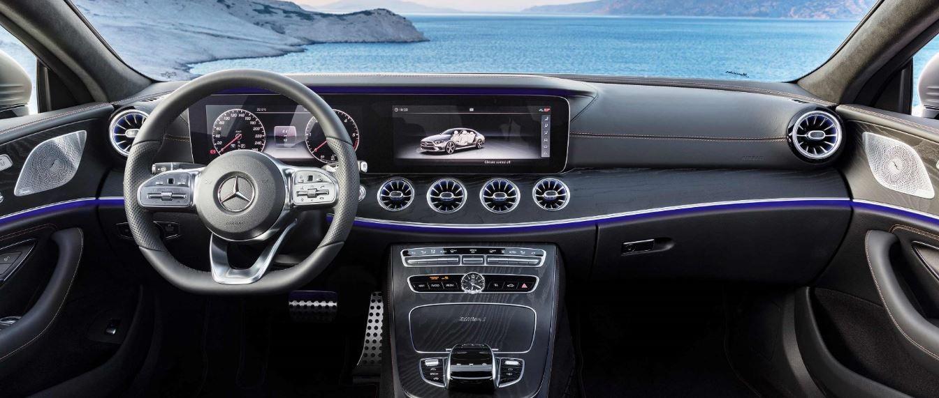 Nuevo Mercedes CLS volante interior berlina premium
