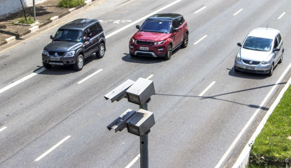 Radares de tramo función sistema seguridad multas