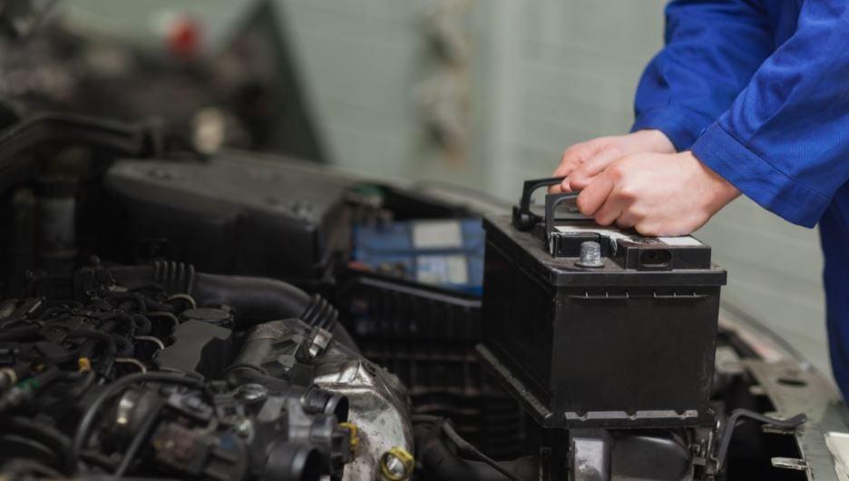 Cambiar la batería del coche