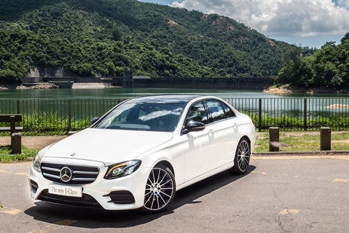 Berlina Mercedes Clase E: frontal