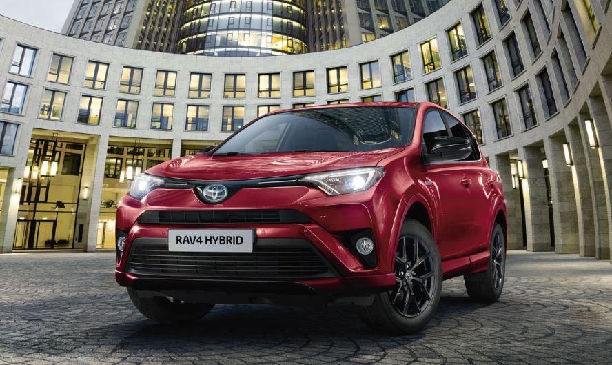 Coches híbridos más vendidos en España, como el Toyota RAV4.