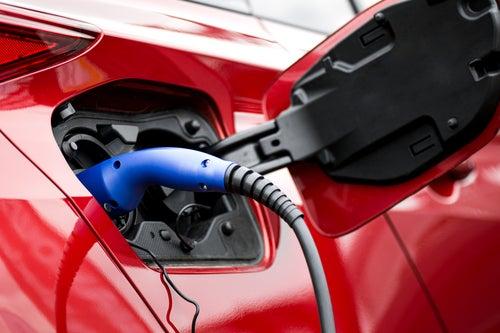 Cómo cargar coche eléctrico en España