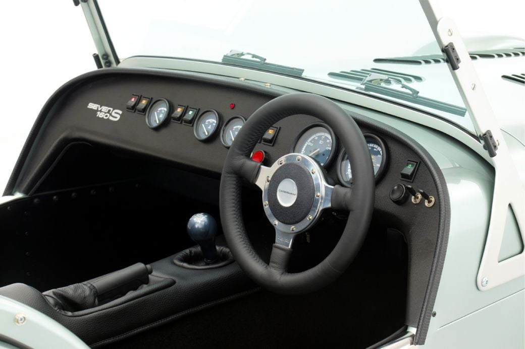 Deportivo Caterham Seven 160: interior