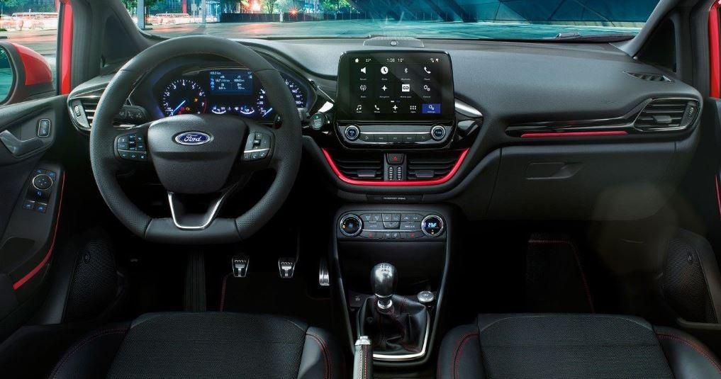 Diseño interior del Ford Fiesta.