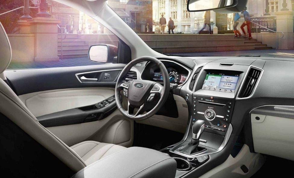 Interior del Ford Edge.