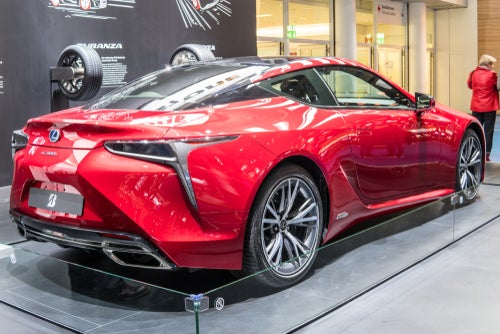 Lexus LC 500h 2017: trasera