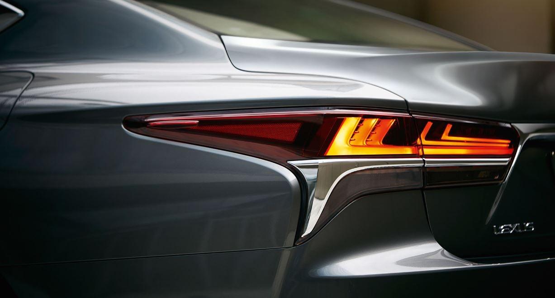 Nuevo híbrido Lexus LS 2018