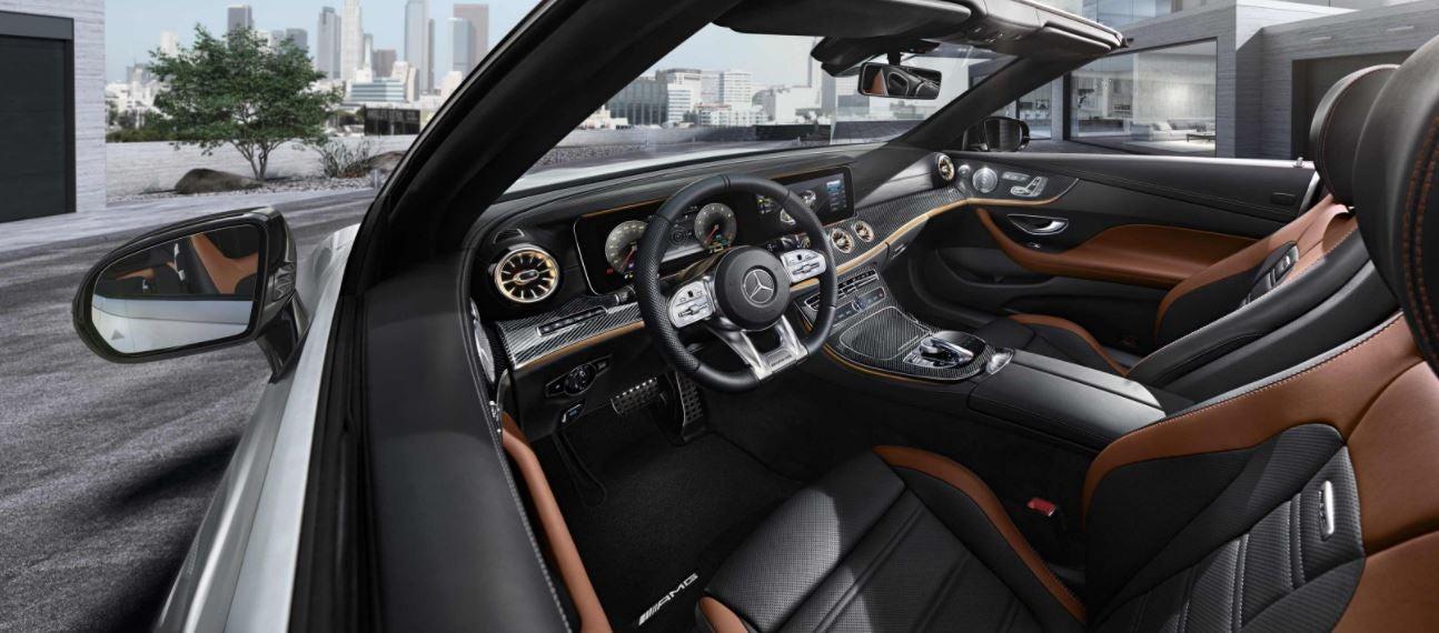 Imagen interior del nuevo Mercedes-AMG E 53 Cabrio.