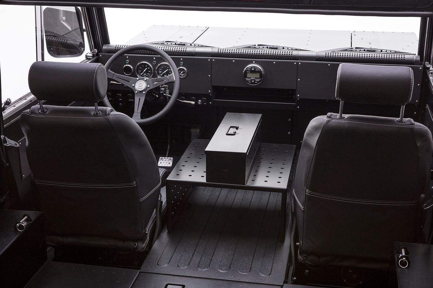 Bollinger B1: interior