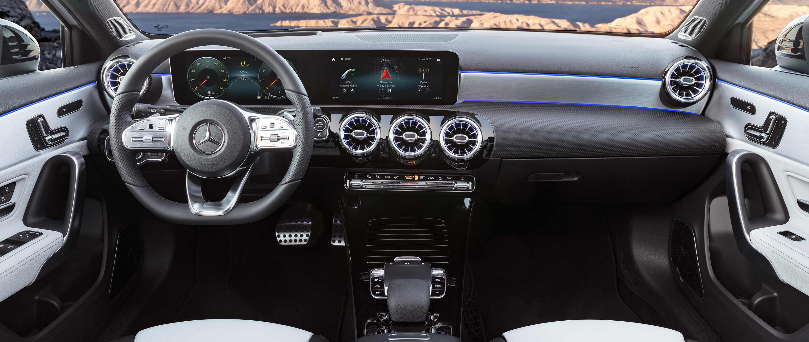 Compacto Mercedes Clase A 2018: interior