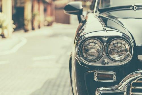 Las marcas de coches extintas más icónicas
