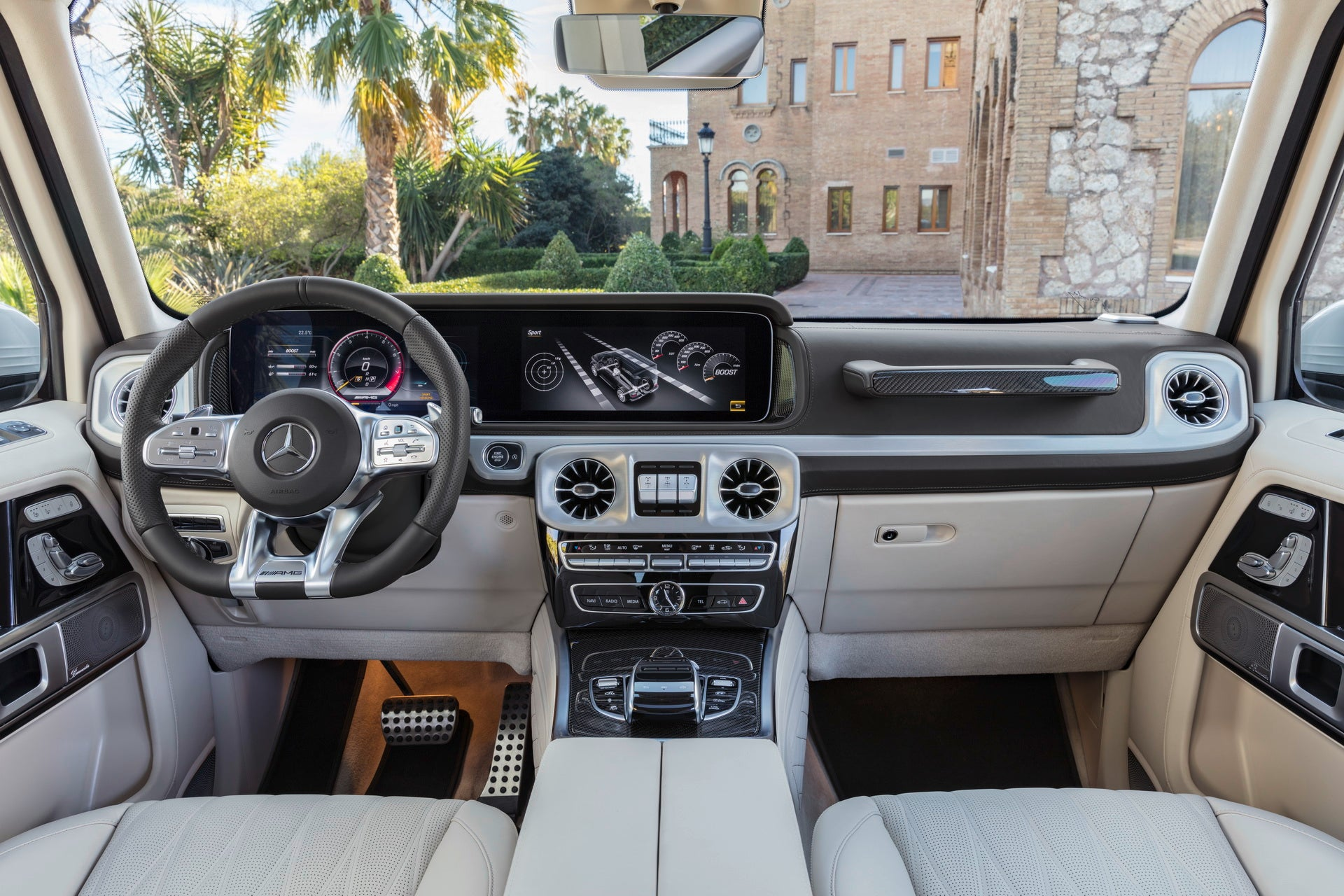 Mercedes-AMG G 63 2018: interior
