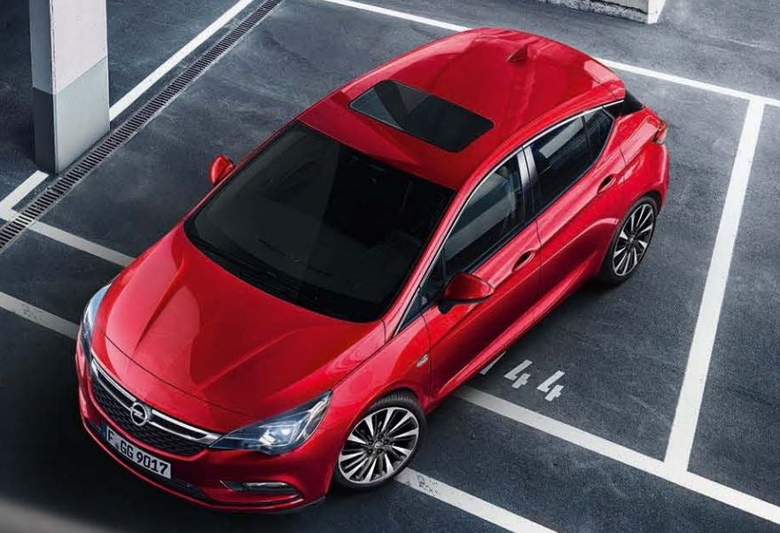 Opel Astra, Mejor Coche del Año de la última década.