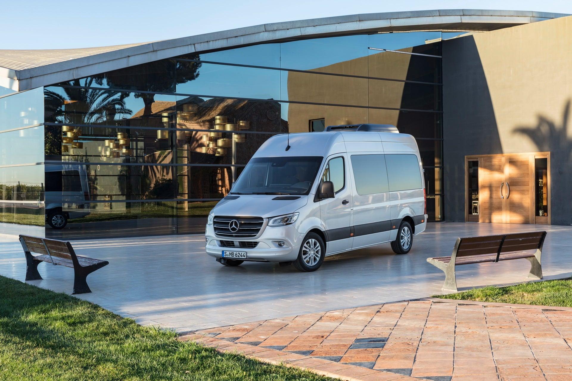 Vehículos industriales: frontal del Mercedes Sprinter